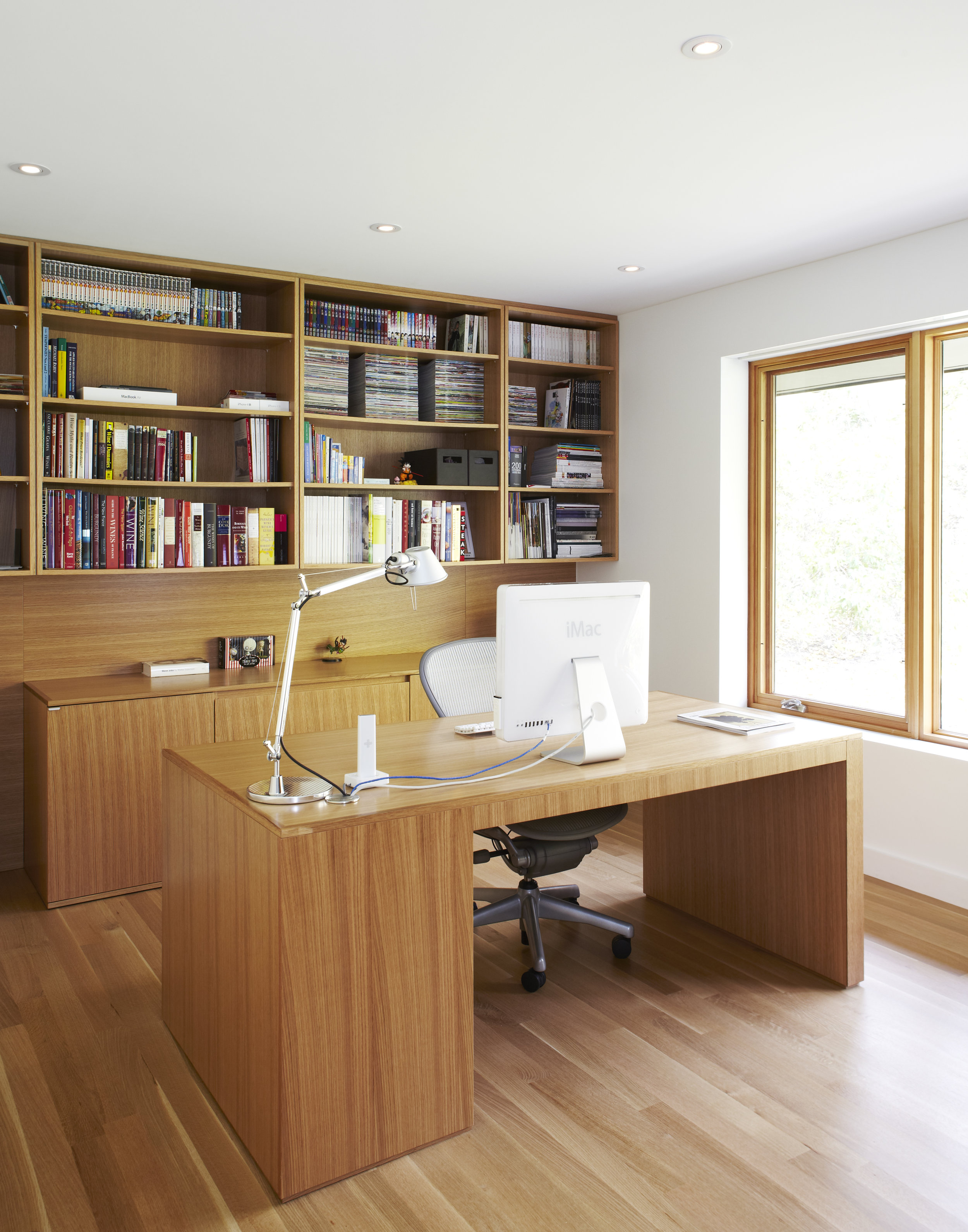 Hoggs Hollow Interior Office