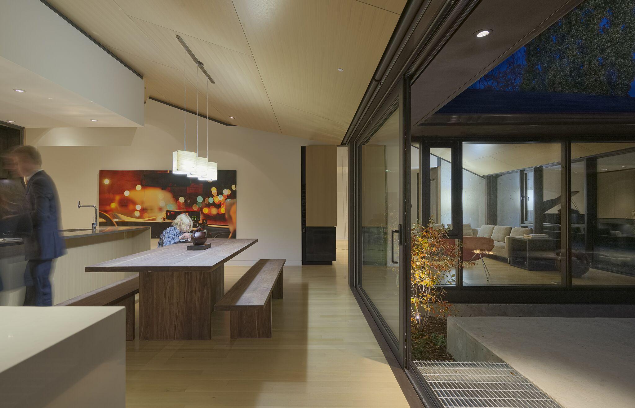 Abenbare House Dinning Room