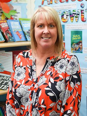 Mrs Amanda Eakins, Business Manager