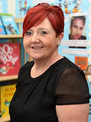 Mrs Julia Roberts, Year 2 Teaching Assistant
