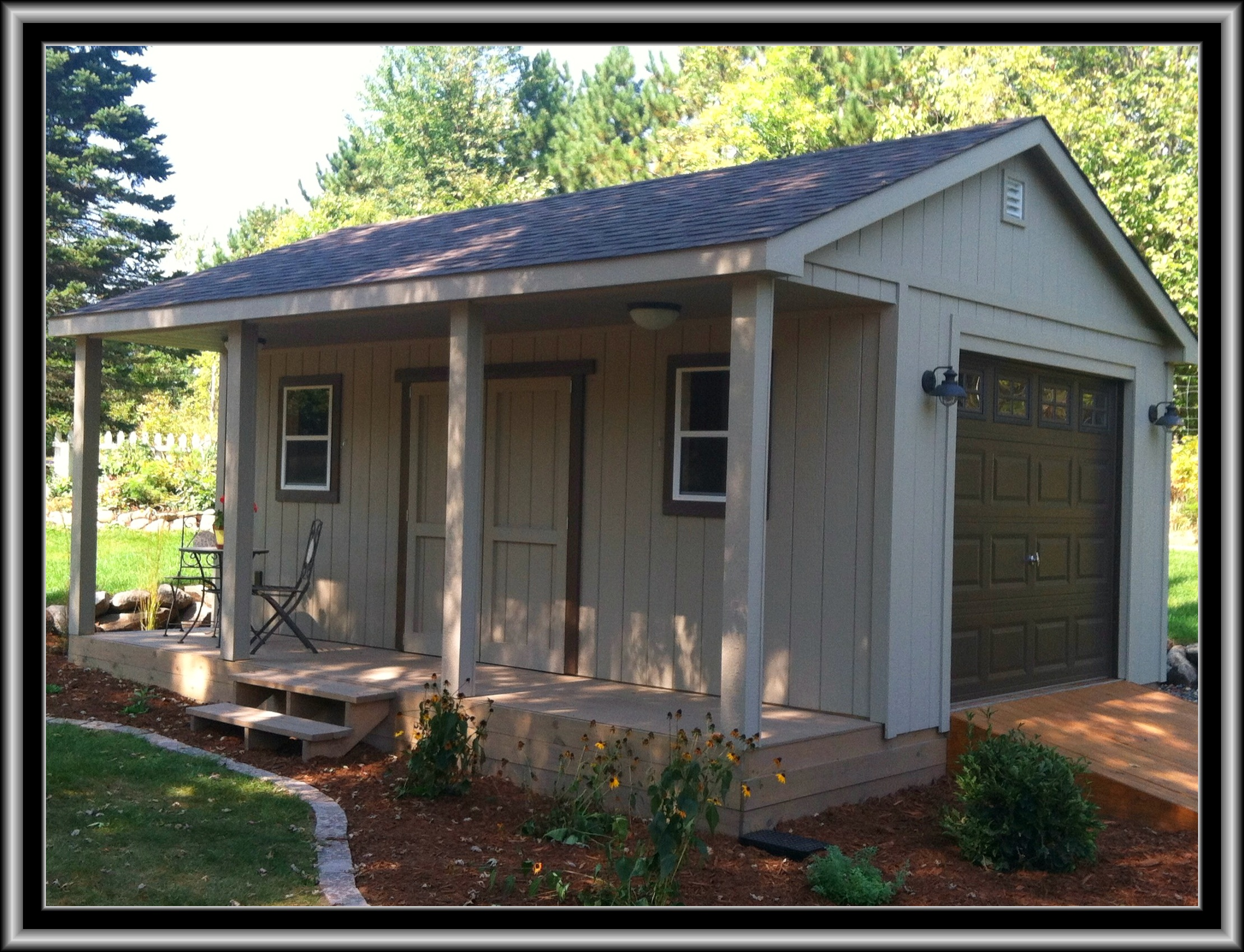 16x20 Garage w/ Porch
