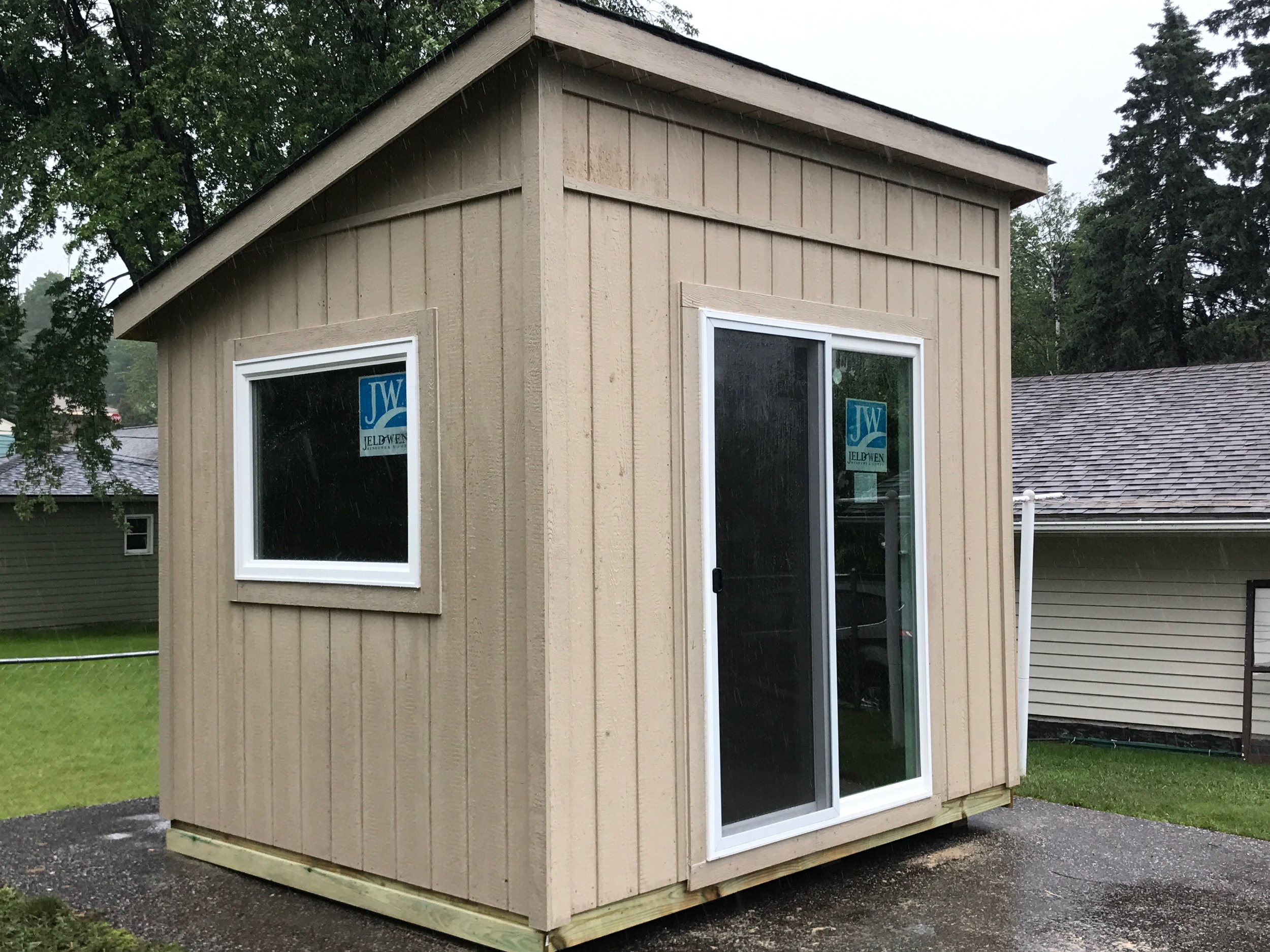 8x10 Lean To