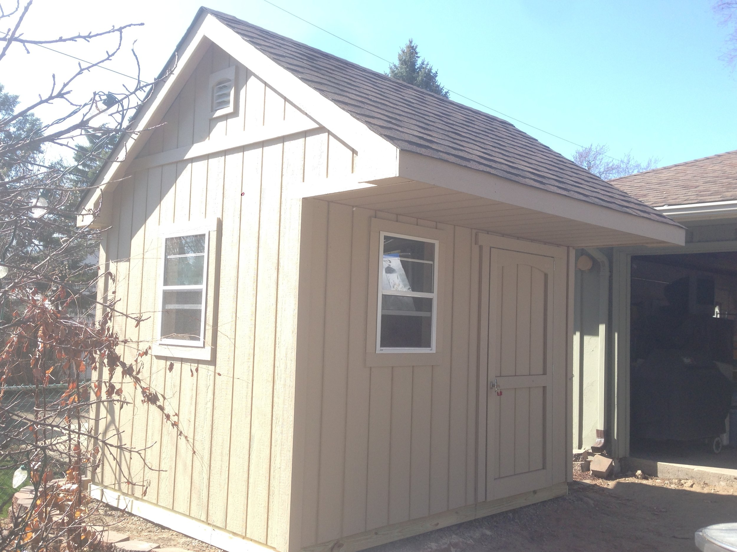 10x10x11 Gable Deluxe w/ Porch