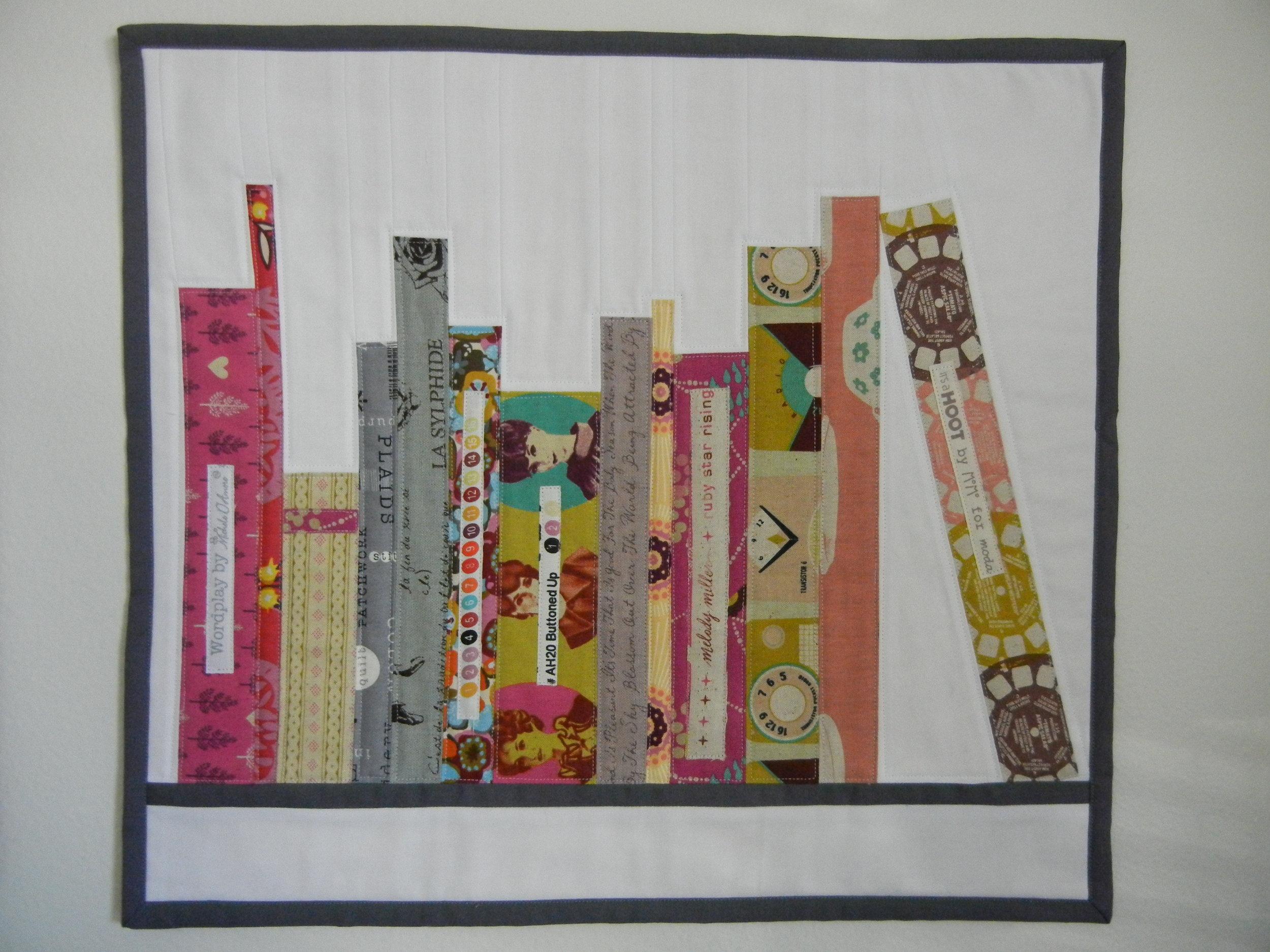 Mini Bookshelf Quilt Tutorial