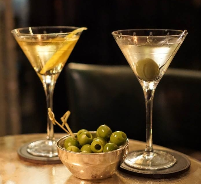 History, Flair, technique, tradition - These adjectives not only describe the city of London, but also the cocktails that have shaped one of the best cocktail scenes on Planet Earth.
