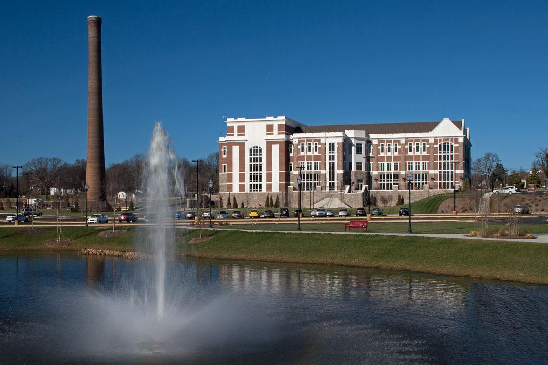 College-VCOM.jpg