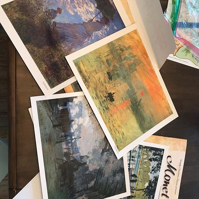 I have an artist and naturally I am not gifted in this area. But I have always loved Monet ❤️ I am so excited to start our first artist study using @simplycharlottemason picture study portfolios. I chose Monet because he's my favorite but I'm sure this will be the first of many. Also, it goes along nicely with the Monet @indigoartbox my little artist got for her birthday ❤️ I have to order my own set of oil pastels so I can play along!