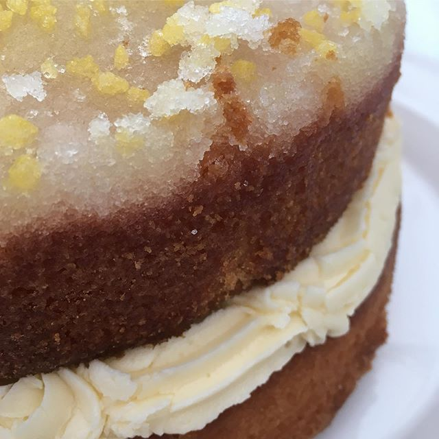 Drizzled with lemon -this lemon drizzle cake is one of Lara's delicious home made cakes perfect to perk up an autumnal weekend; available of course until it's gone 😋. We are open for artisan fair trade coffees, teas and nibbles from 10am on Sunday.  Oh and Firs Farm Nursery have Jim's veg available across the weekend too.  #coffeeshop