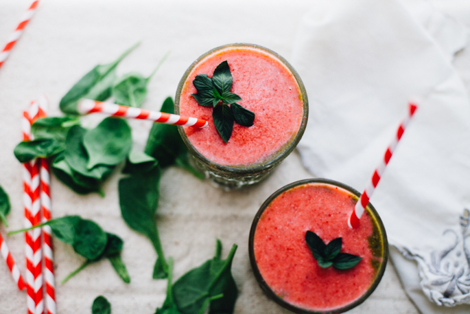 pink & green strawberry pineapple super smoothie | vegan recipe via will frolic for food