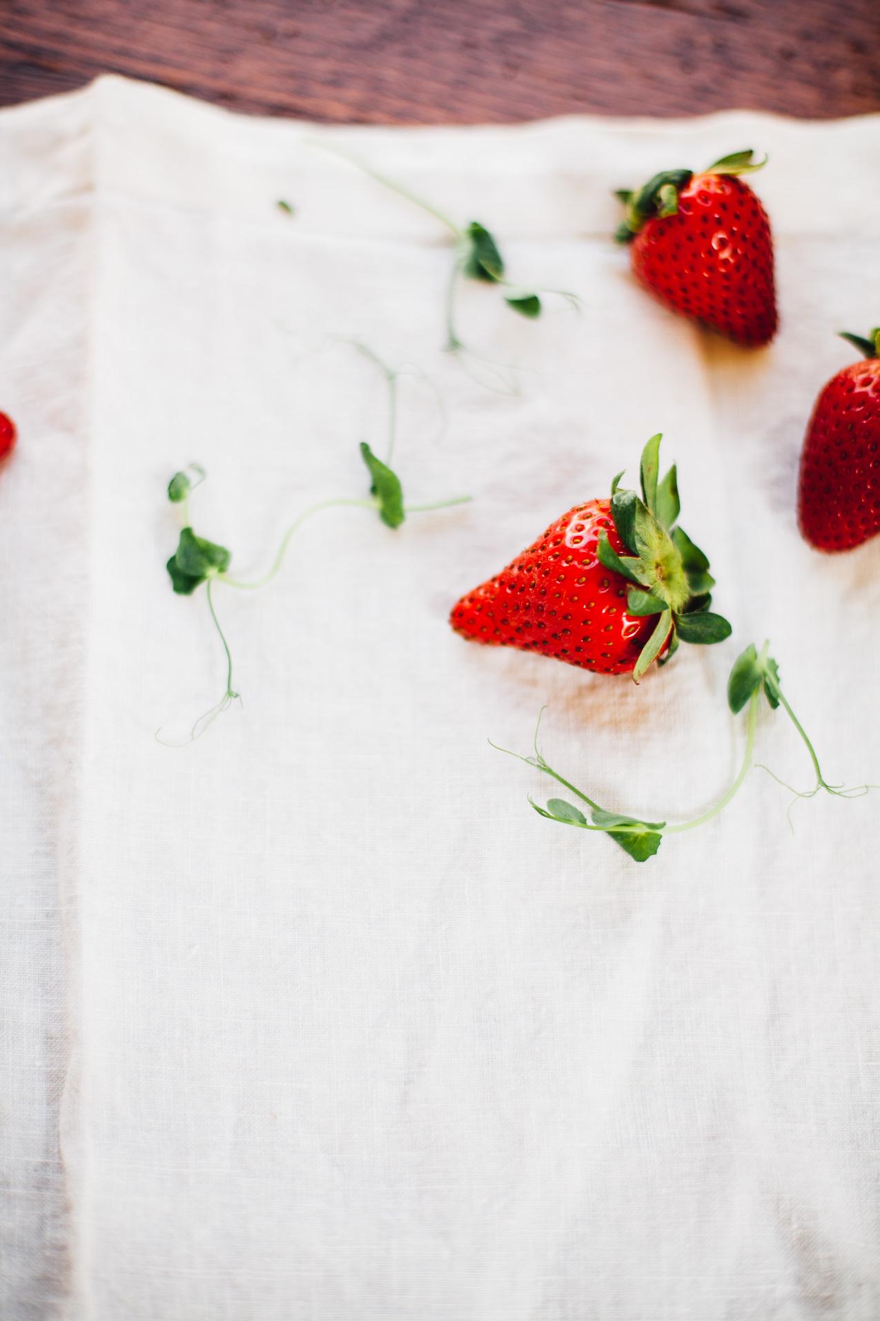 strawberry salad with spring greens and lemony hemp dressing | vegan recipe via willfrolicforfood.com