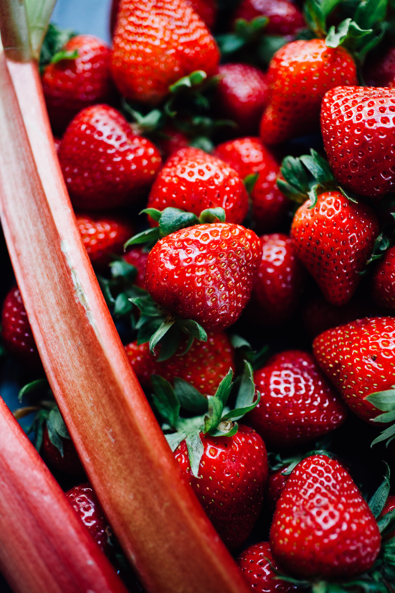 roasted strawberry rhubarb agua fresca   refined sugar free recipe via willfrolicforfood.com