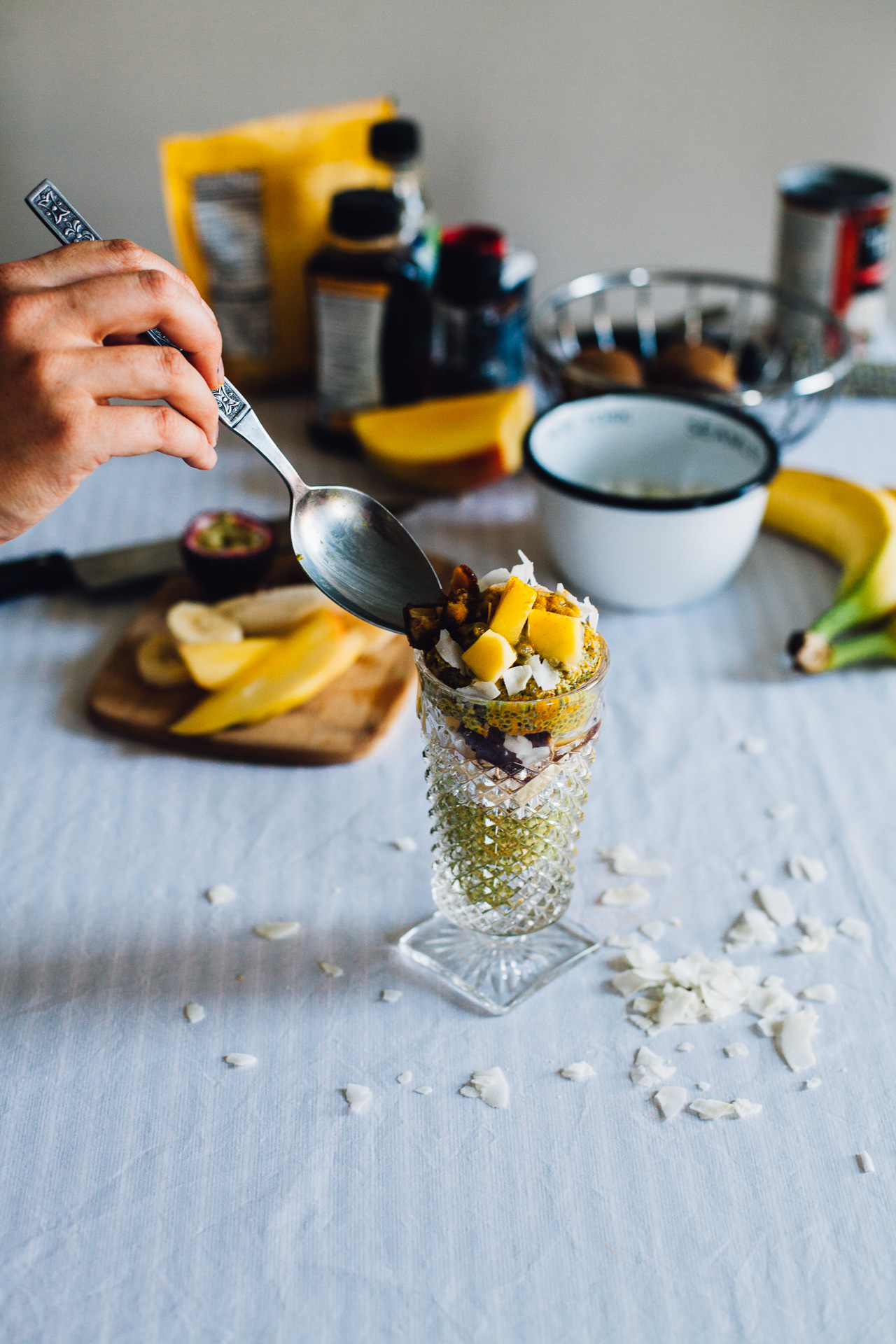 golden milk chia pudding parfait | recipe (and video!) via willfrolicforfood.com