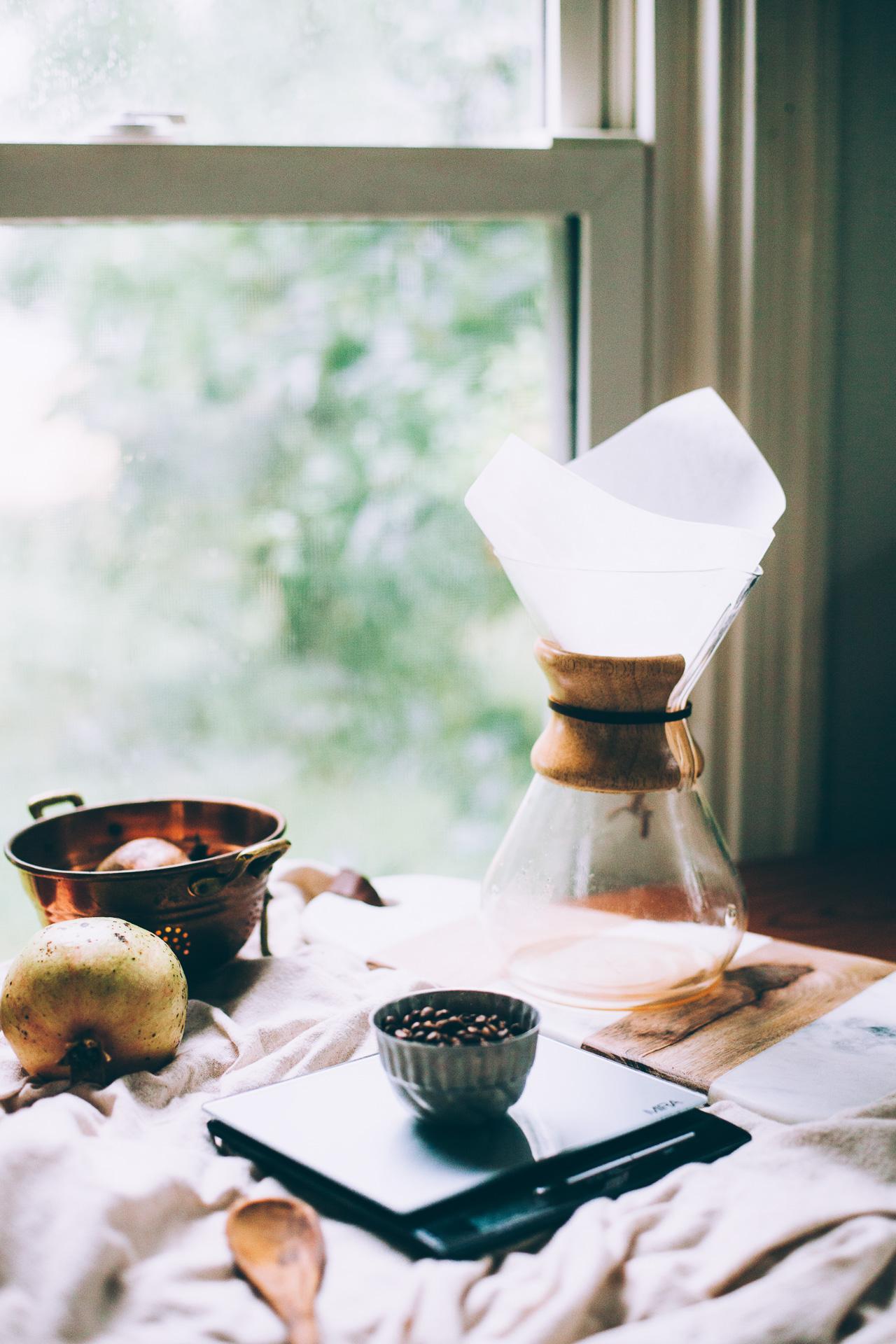 How to Brew Chemex Coffee Like a Pro | method via willfrolicforfood.com