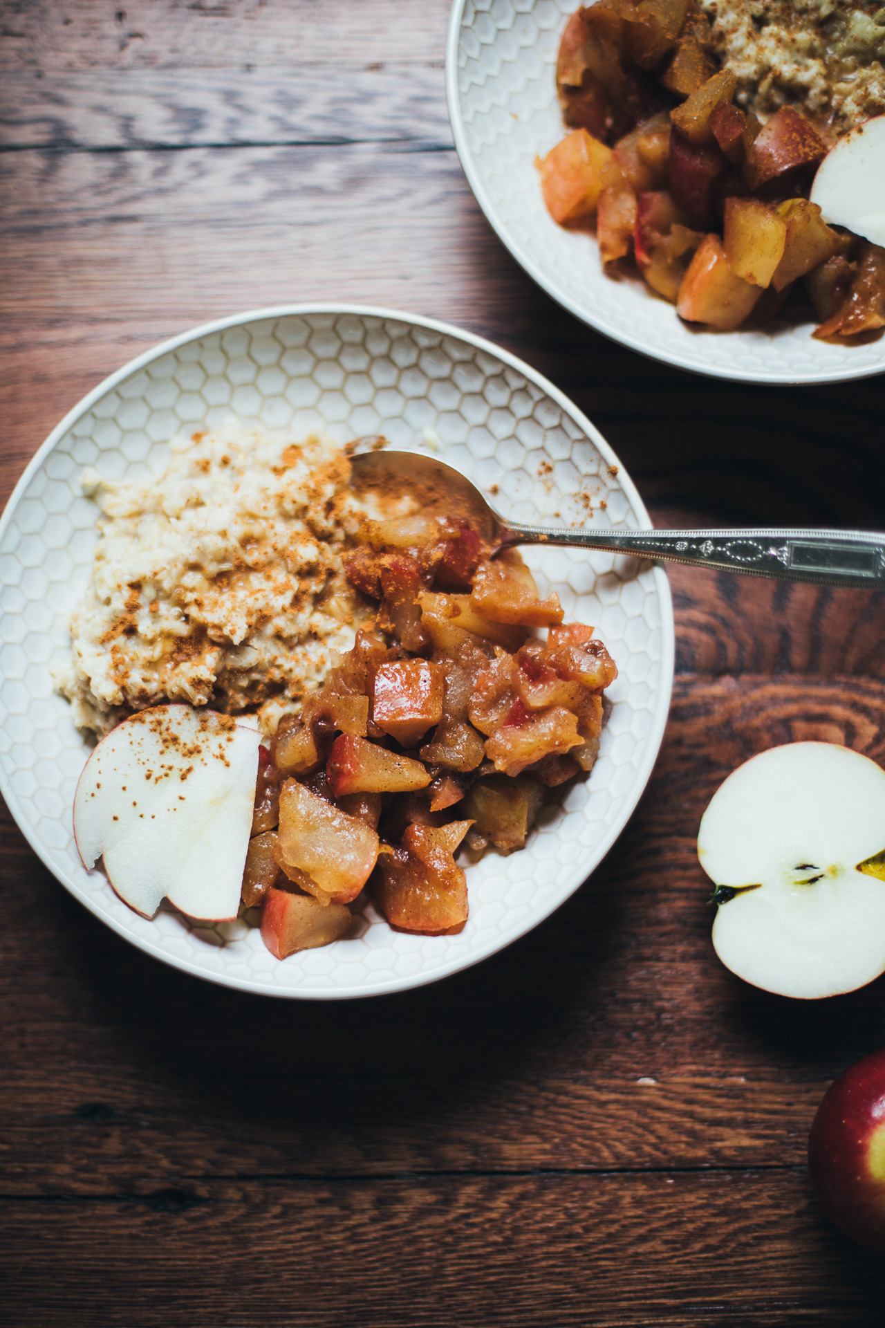 apple pie oatmeal | willfrolicforfood.com