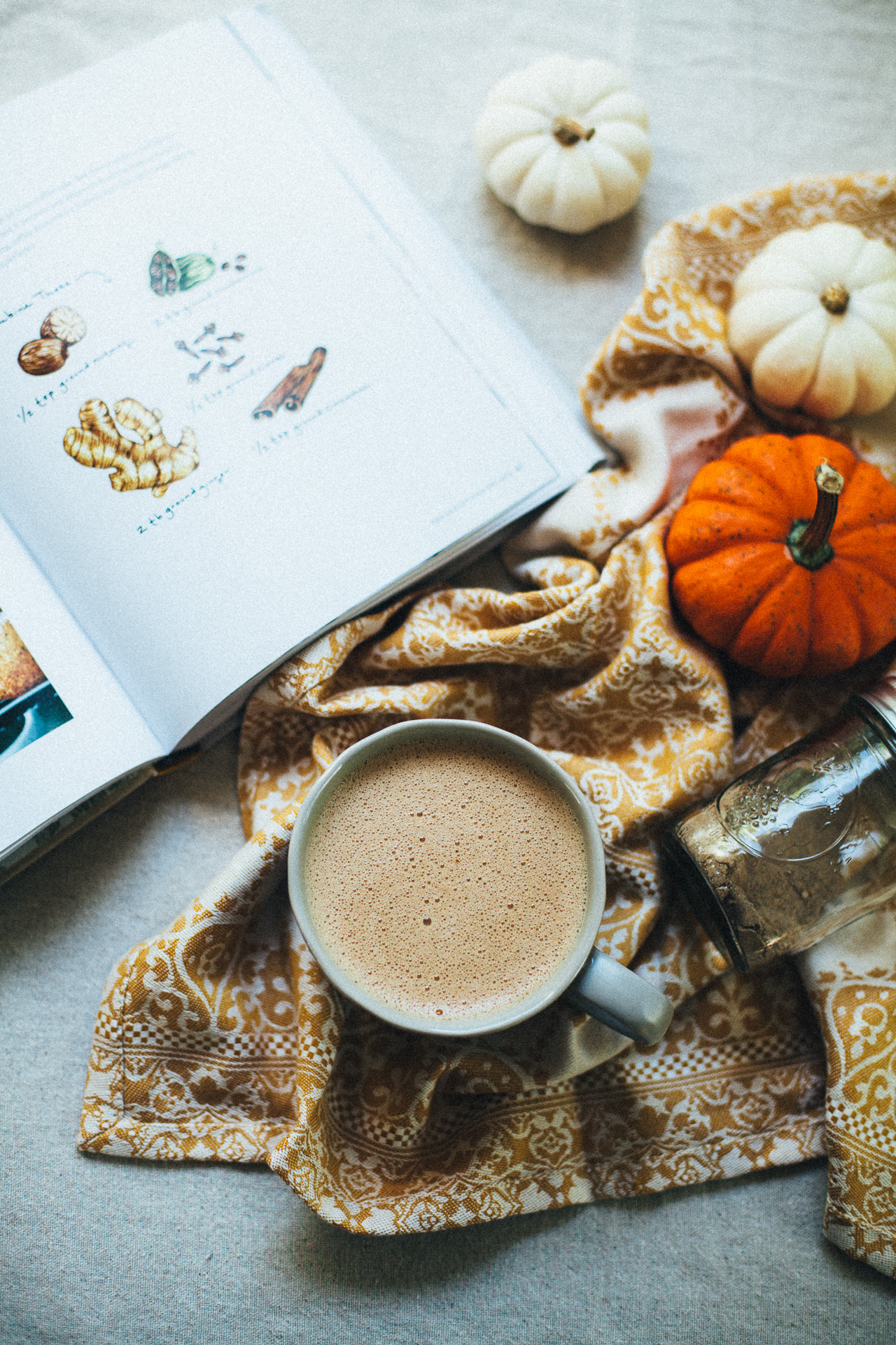 the BEST pumpkin spice hot chocolate (with hawaij) | willfrolicforfood.com