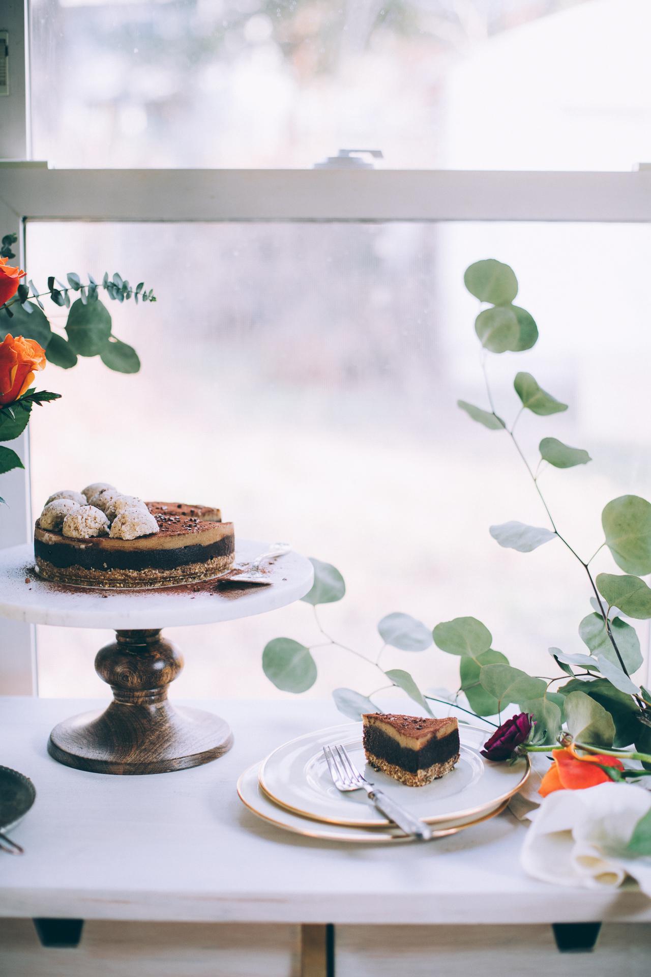 raw-vegan-chocolate-cashew-caramel-cake-7199.jpg