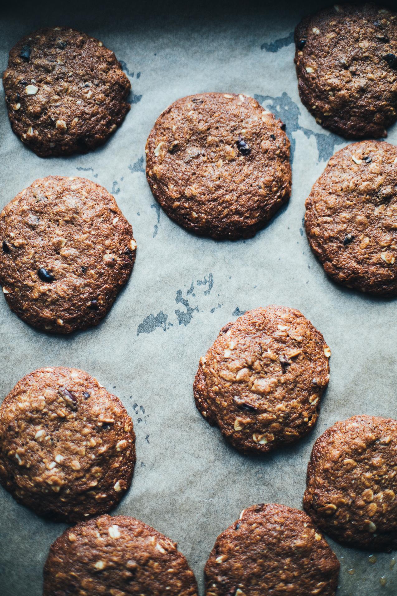 teff-oatmeal-raisin-cookies-9324.jpg