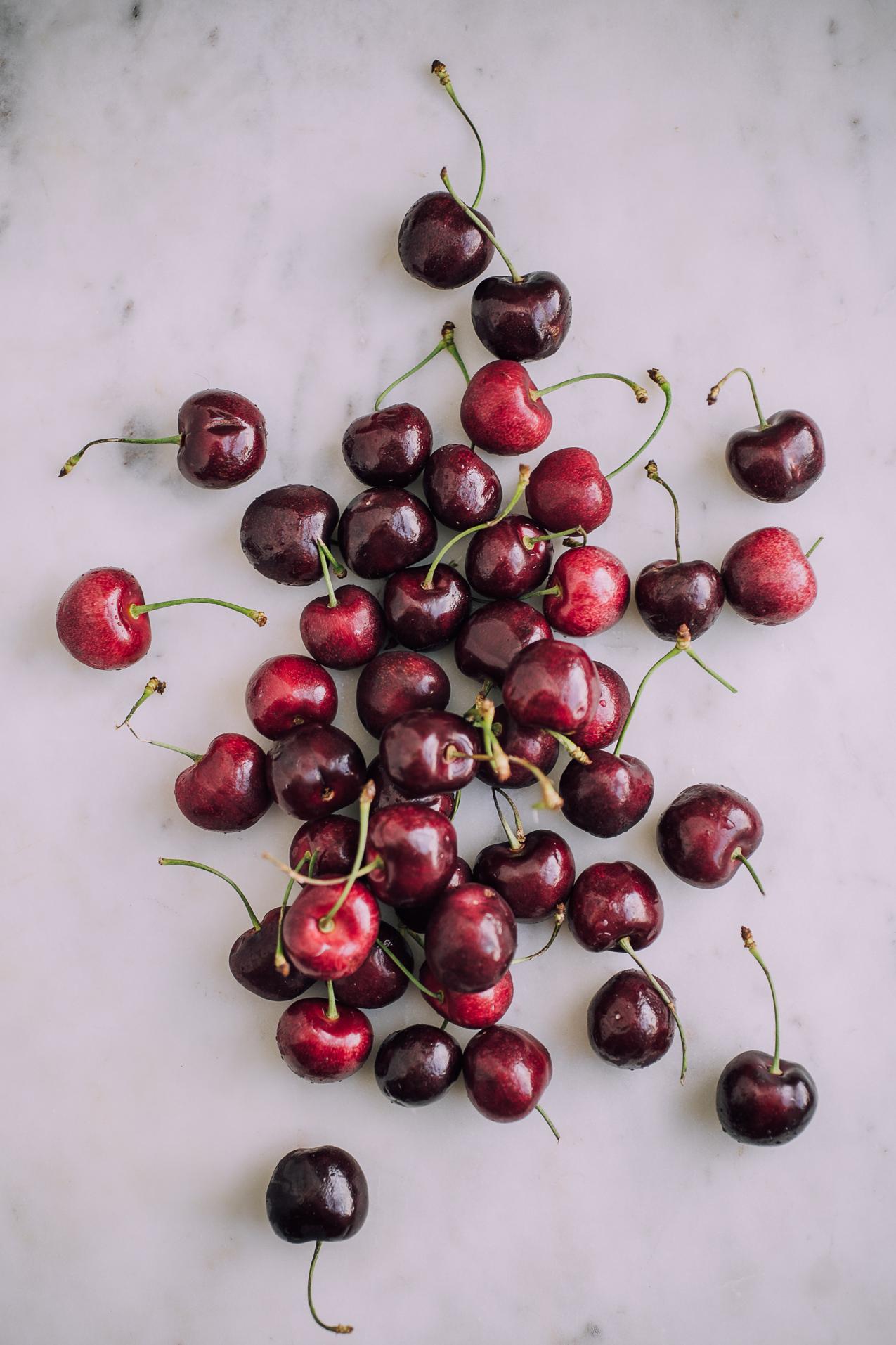 vegan-cherry-almond-popsicles-9051.jpg