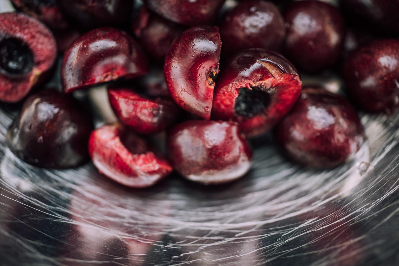 vegan-cherry-almond-popsicles-9057.jpg