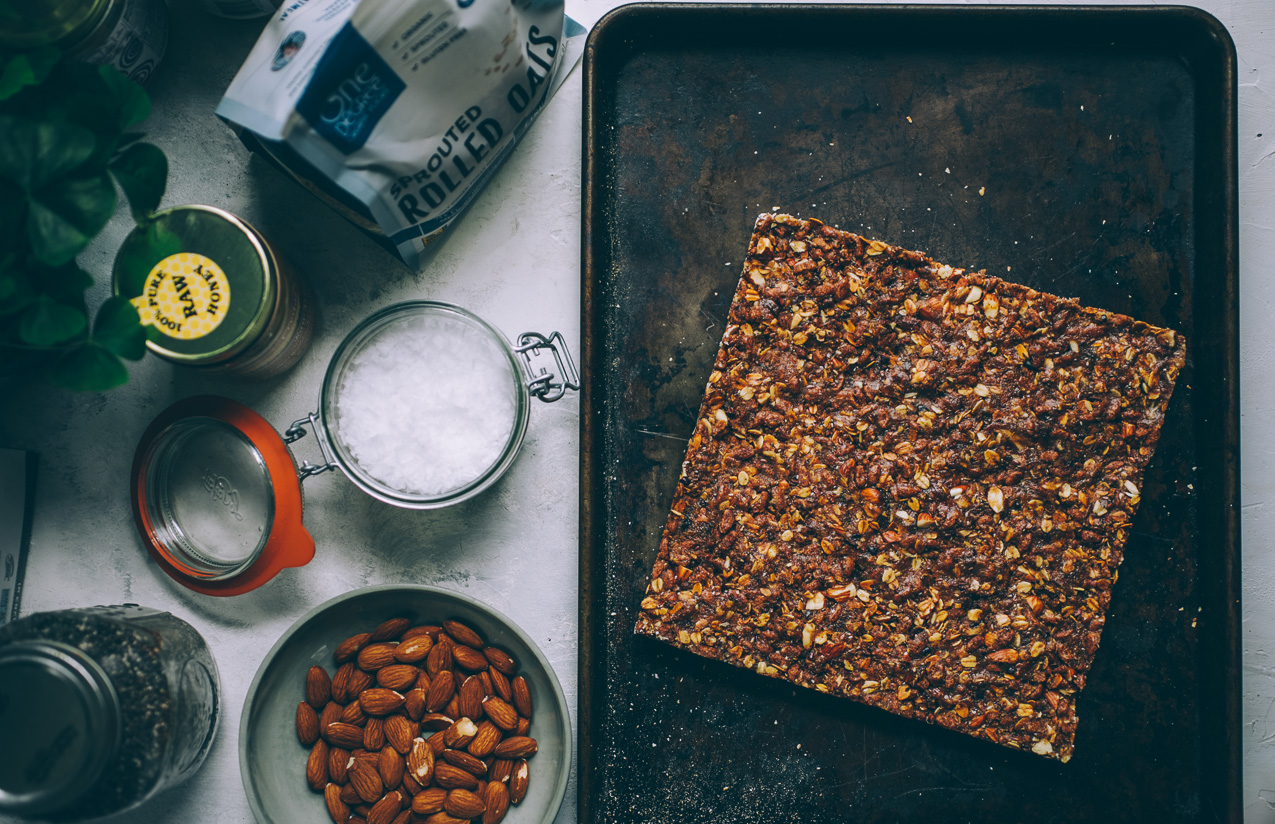 chocolate-peanut-butter-granola-bars-4575.jpg