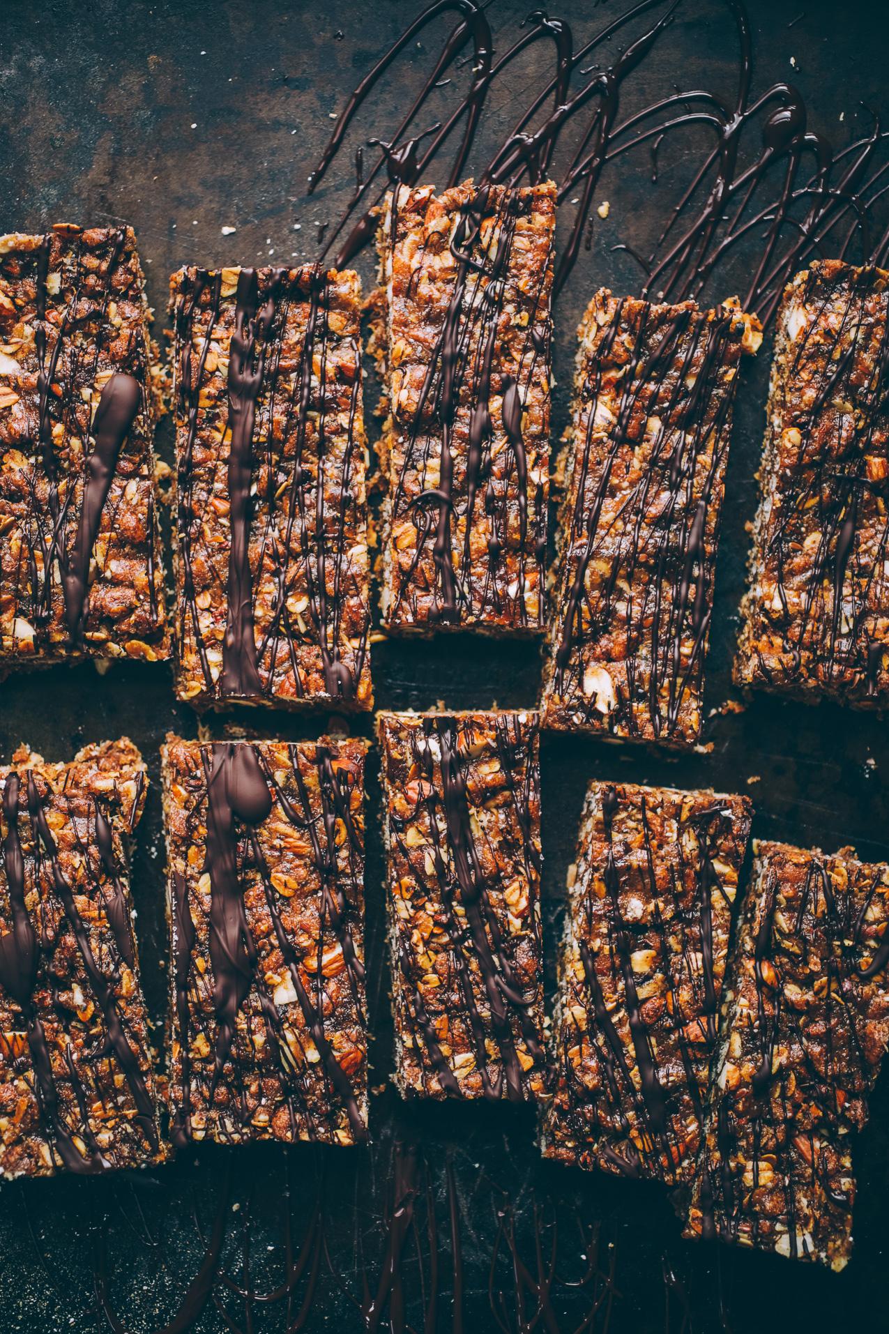 chocolate-peanut-butter-granola-bars-4612.jpg