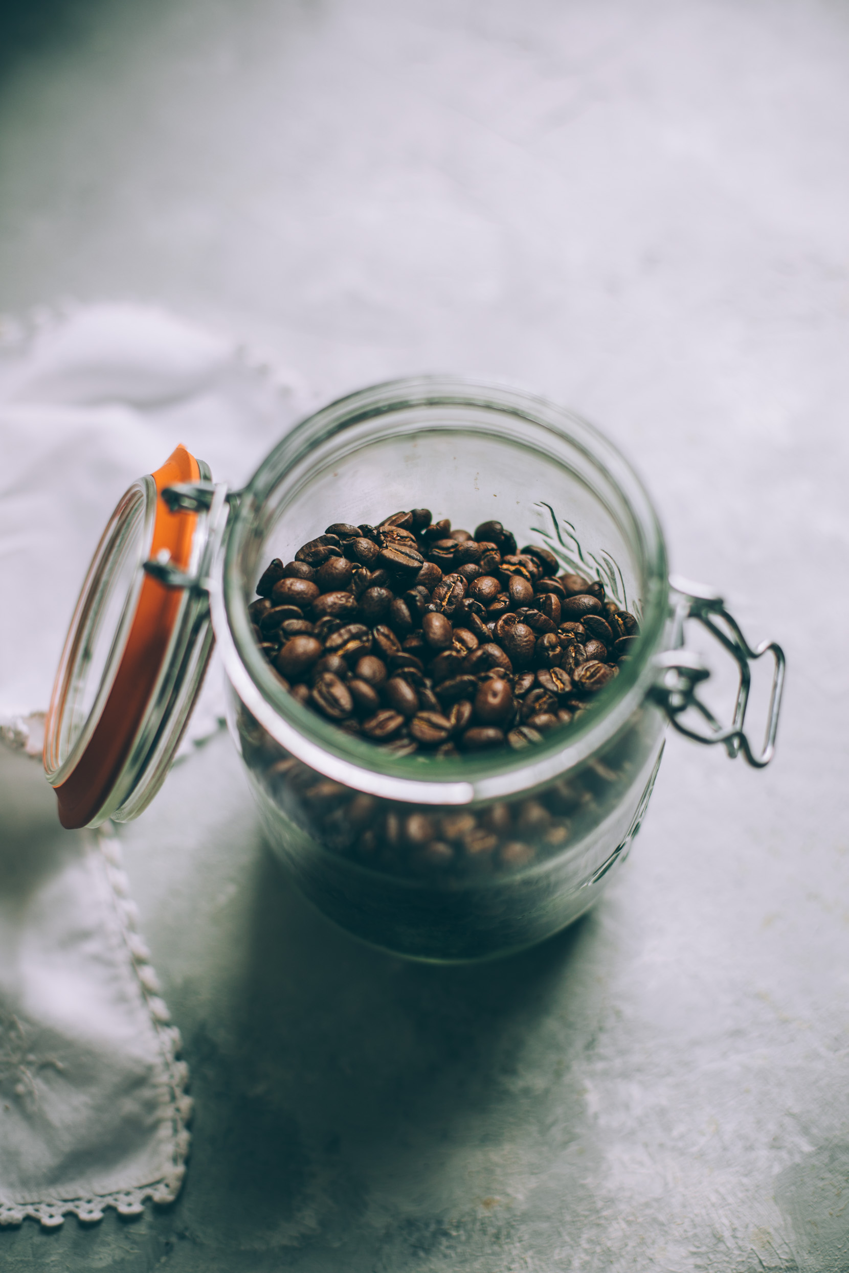 How to make the perfect cup of black coffee, 3 ways!
