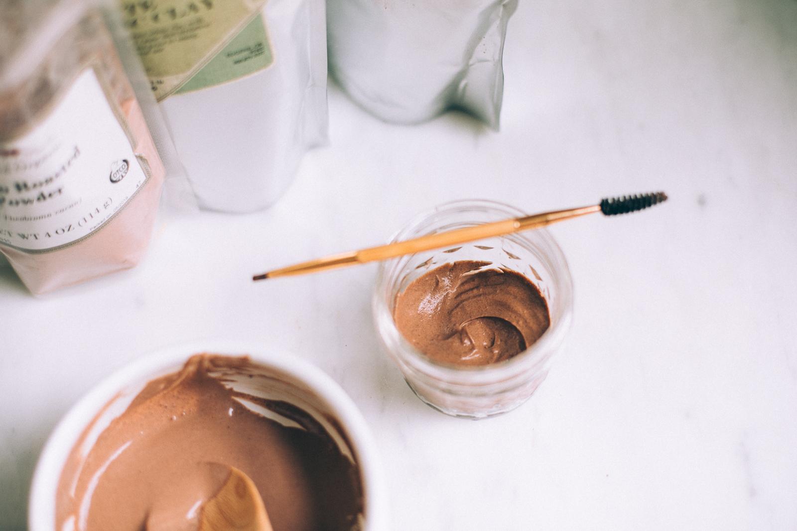 natural eyebrow gel DIY with aloe vera, honey and clay via willfrolicforfood.com