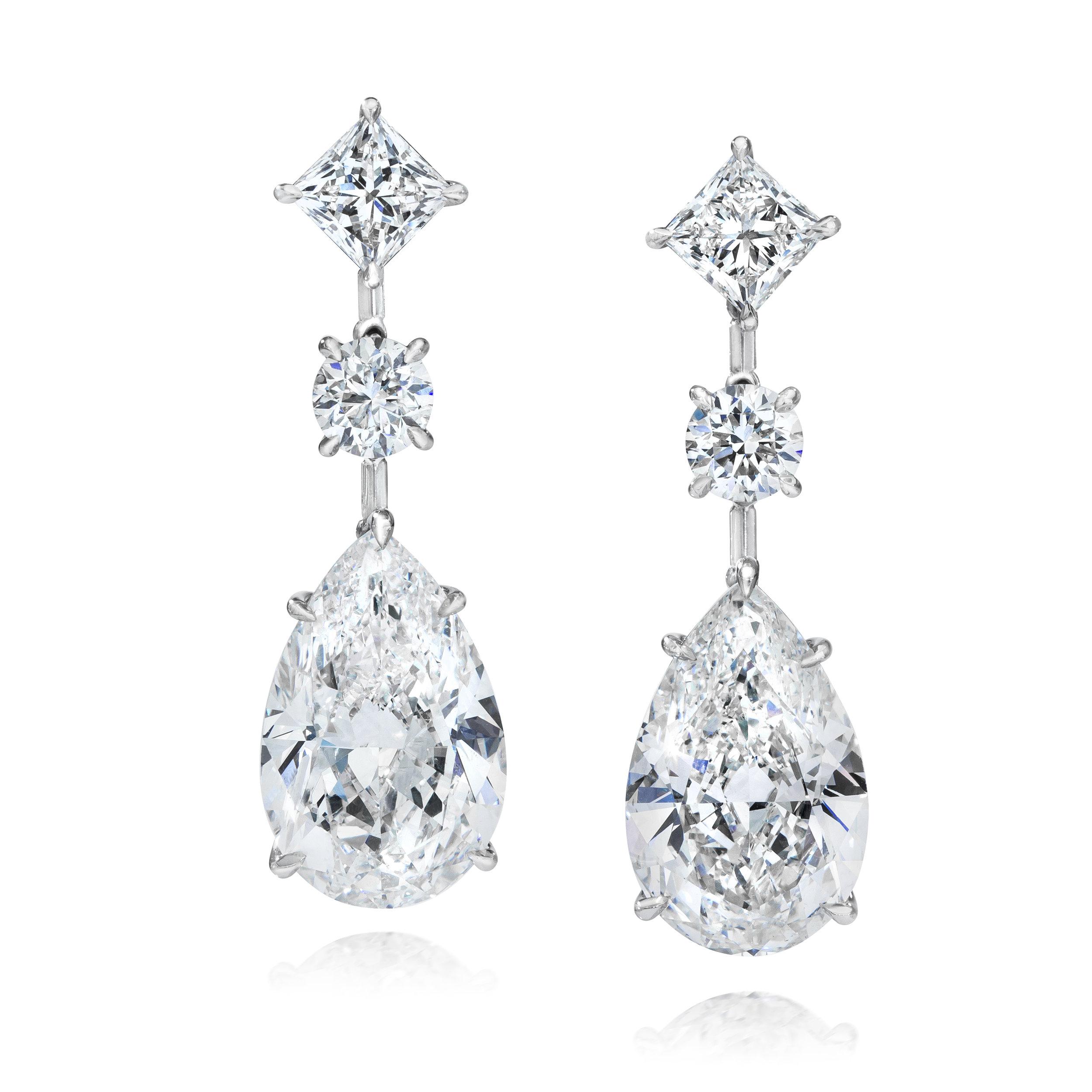 DEAR1139 Pear Cut Diamond Earrings.jpg