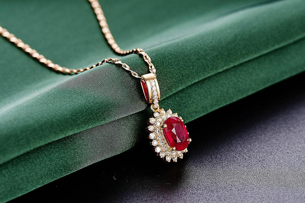 jewelry-625724_1920_1000px.jpg