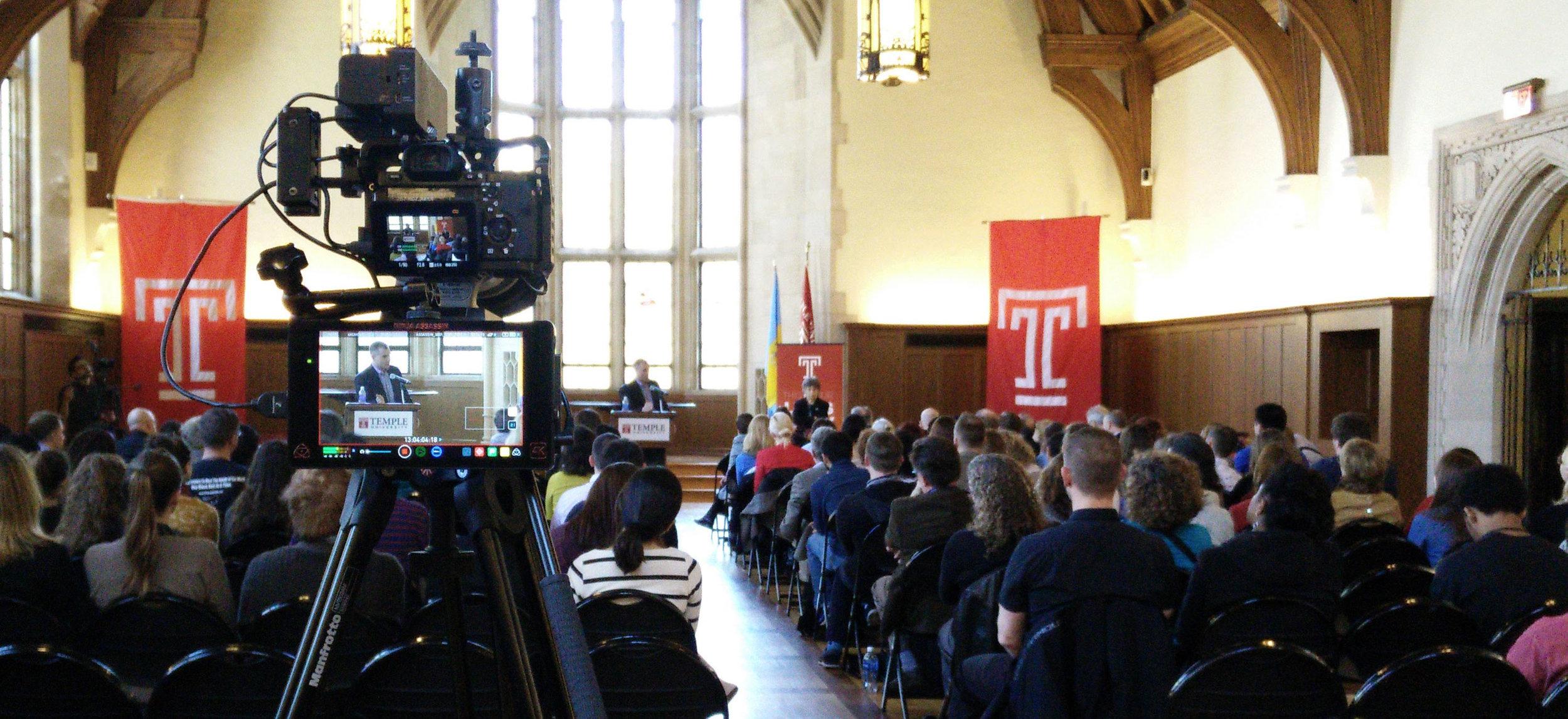 NYT columnist Frank Bruni gives a talk at Temple's Sullivan Hall