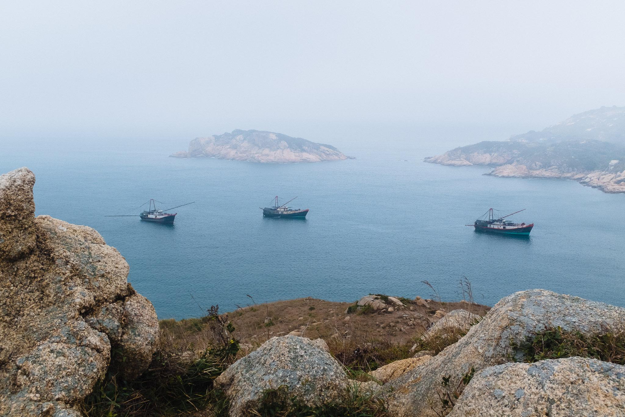 3-boats.jpg