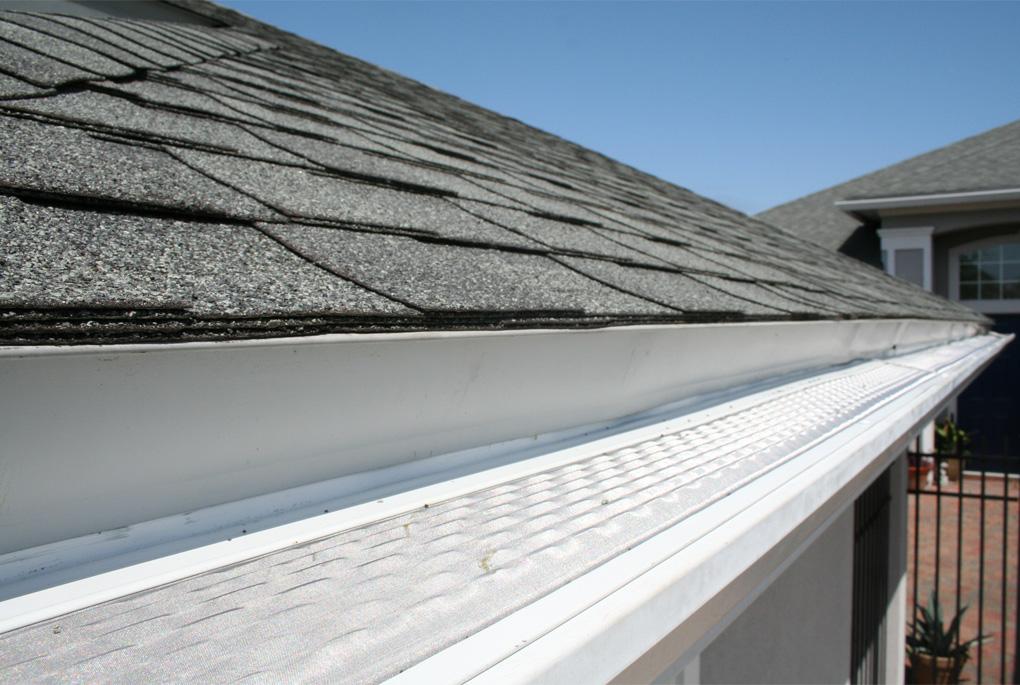 Roof Gutter Repair by Blue Door Painting