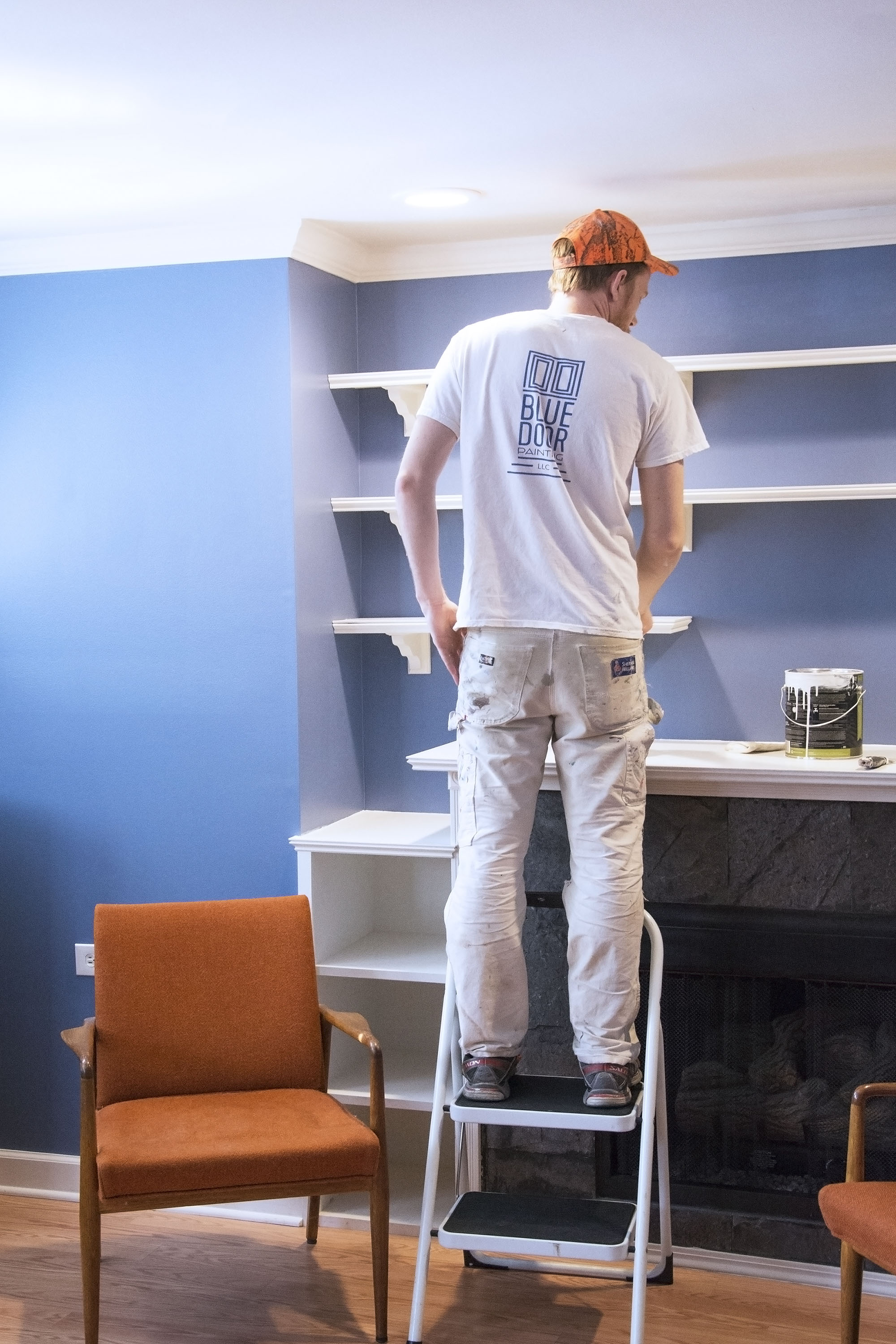 Once the prep work is out of the way, the (priming and) painting can begin! -