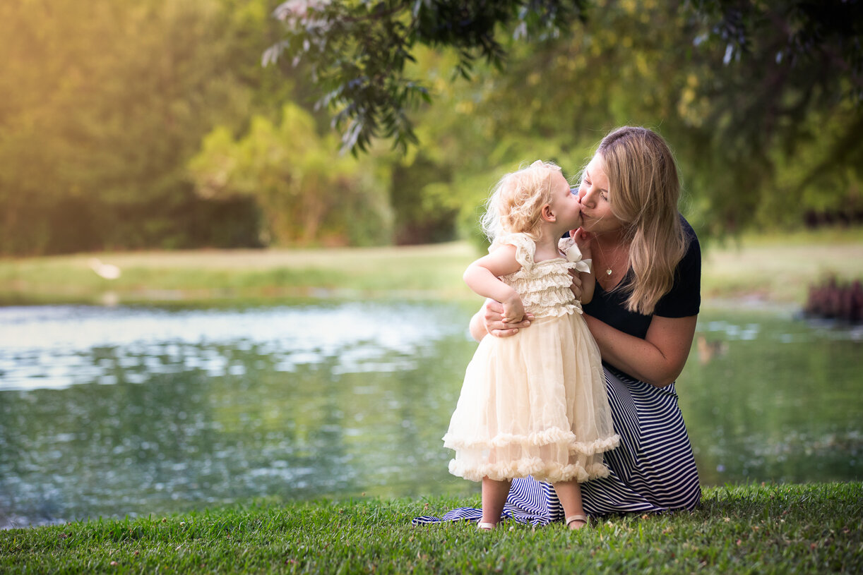 Fort Worth Motherhood Photographer