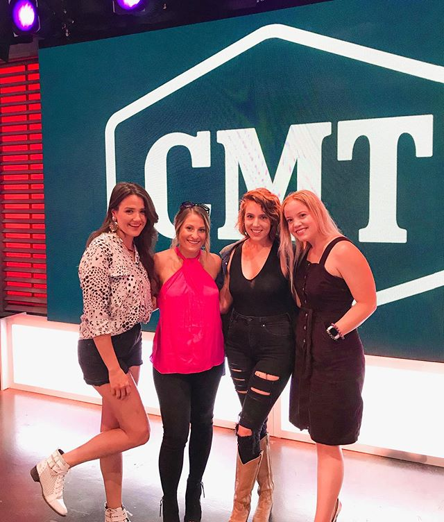 Grateful for days at @cmt and the chance to see my girls!! @heyparkermckay @alex_stern_ @harpergraemusic 💗💗