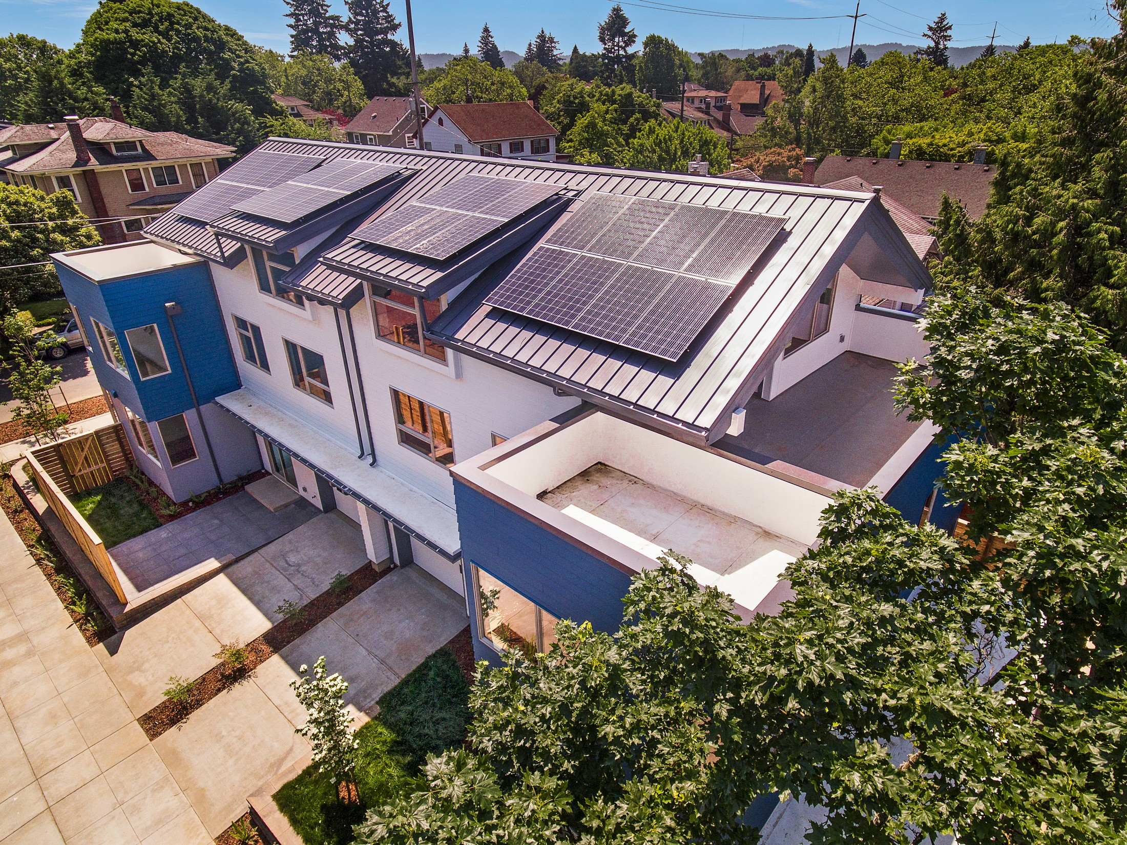 154 REDUCED 4305 NE 30th Aave Portland OR.jpg