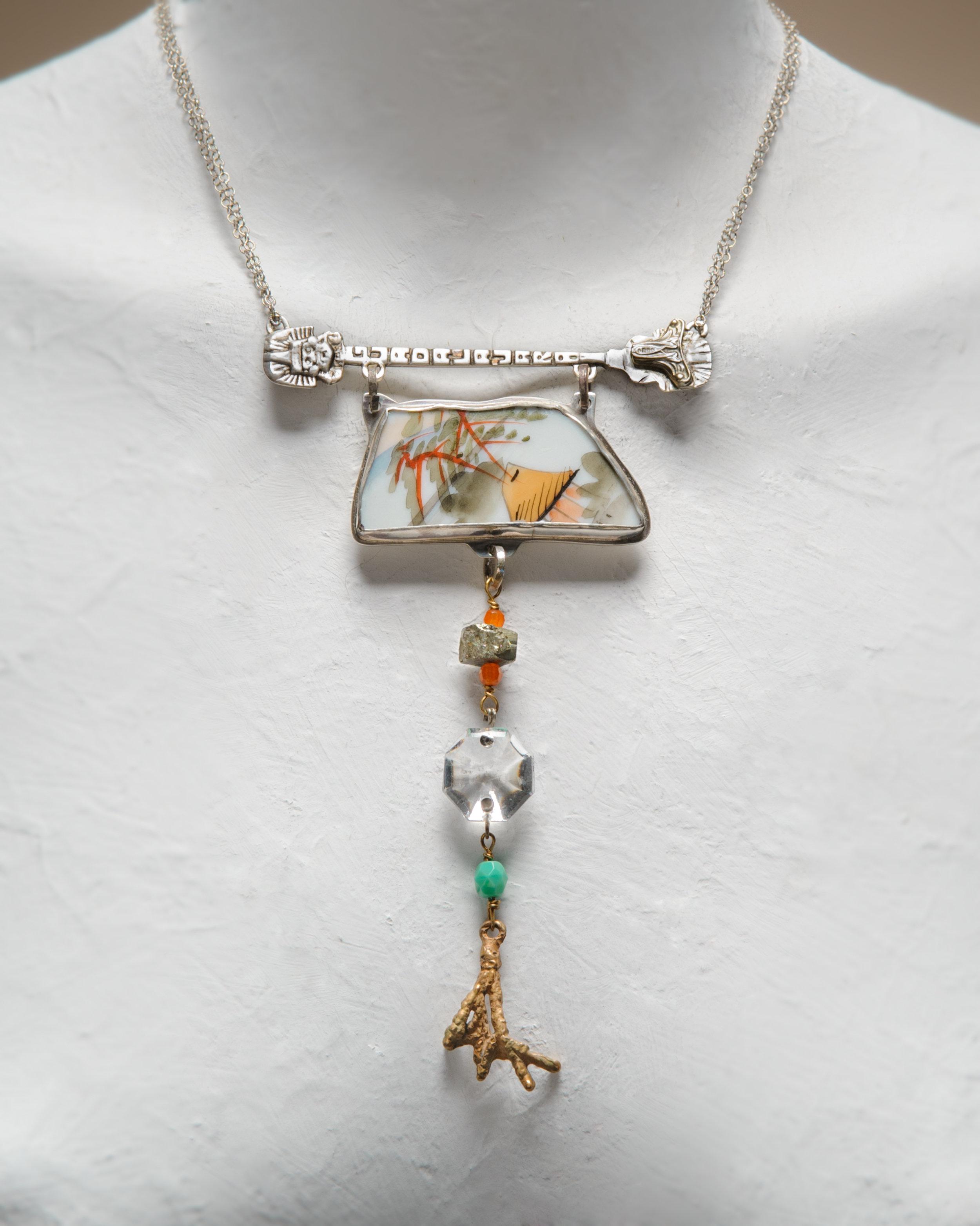 Necklace Casa.jpg