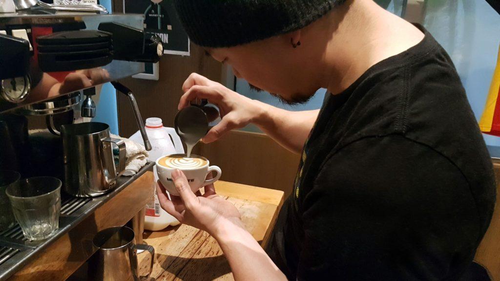 DK-latte-gnarlychat.jpg