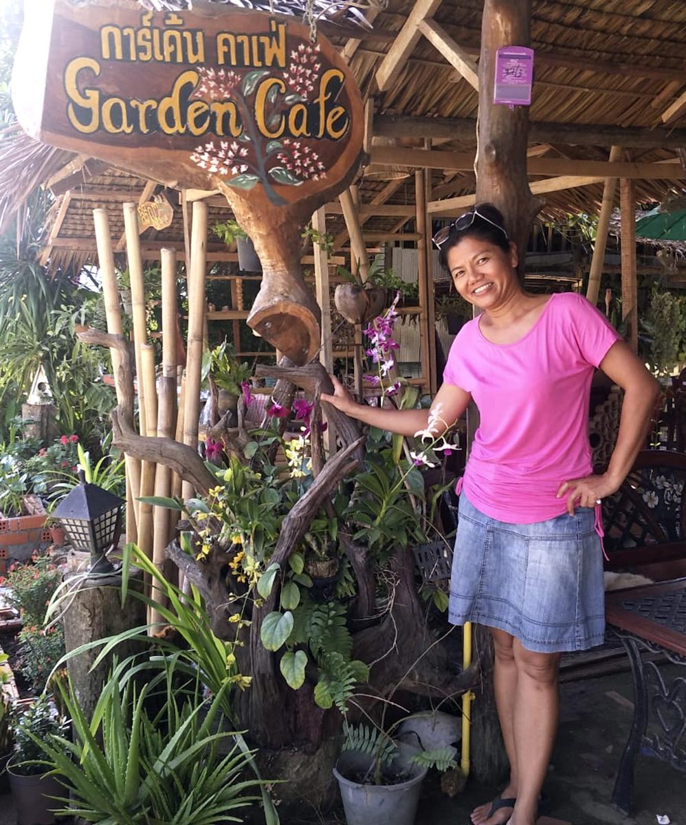 gardencafe2.jpg