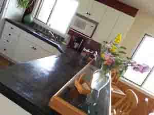 main B_B kitchen_small.jpg