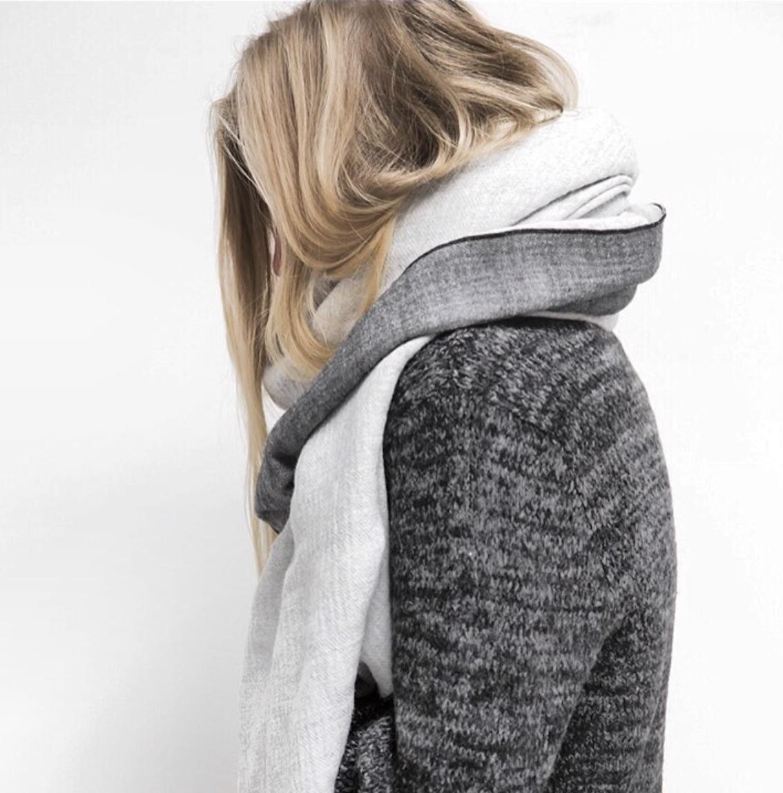 Confort et Bien-être - L'esprit Hygge dans l'univers scandinave décoratif se ressent également avec la mode.