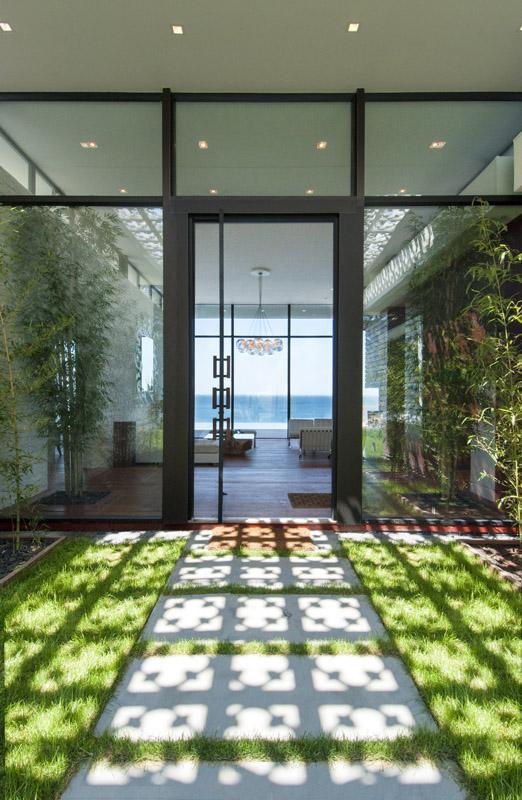 MKL_Construction_Hamptons_Building_Modern_Waterfront_Home050.jpg