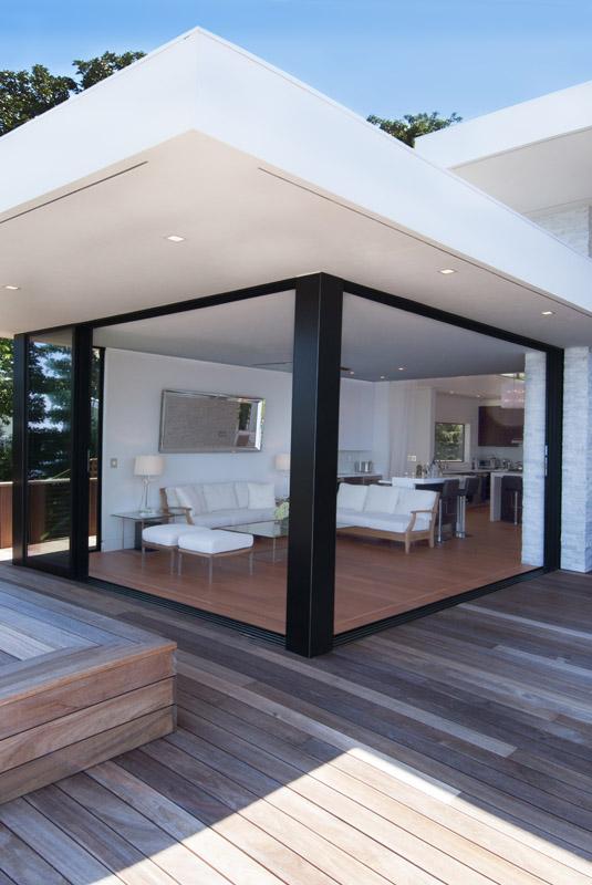 MKL_Construction_Hamptons_Building_Modern_Waterfront_Home040.jpg