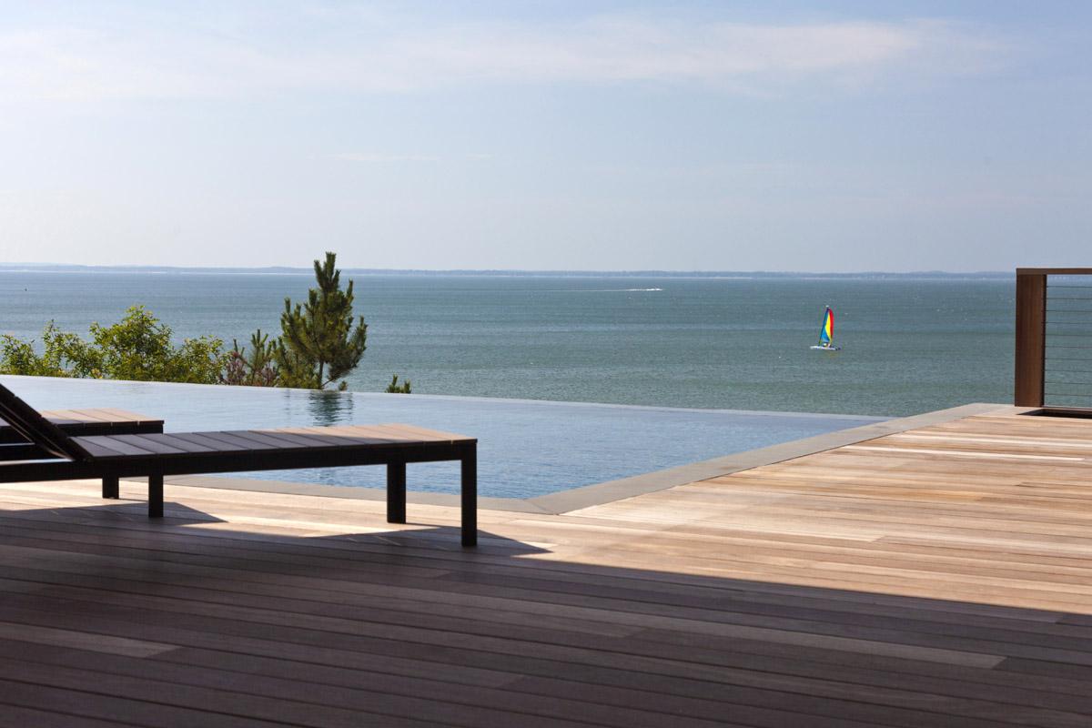 MKL_Construction_Hamptons_Building_Modern_Waterfront_Home007.jpg