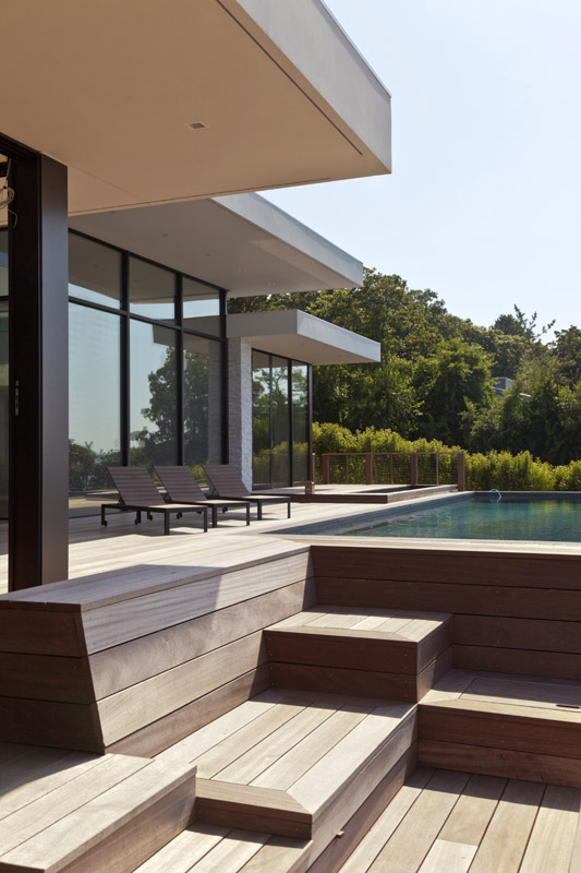 PKB_Construction_Hamptons_Building_Modern_Waterfront_Home011.jpg