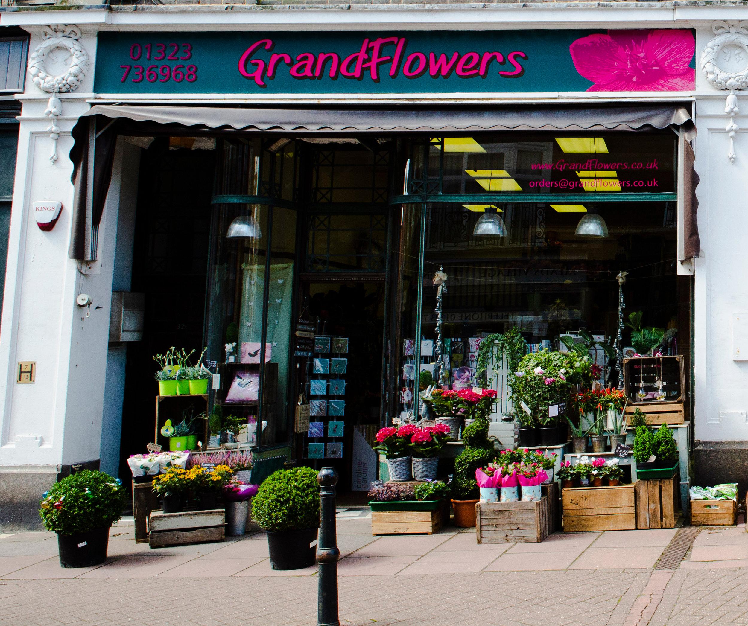 grand flowers .jpg