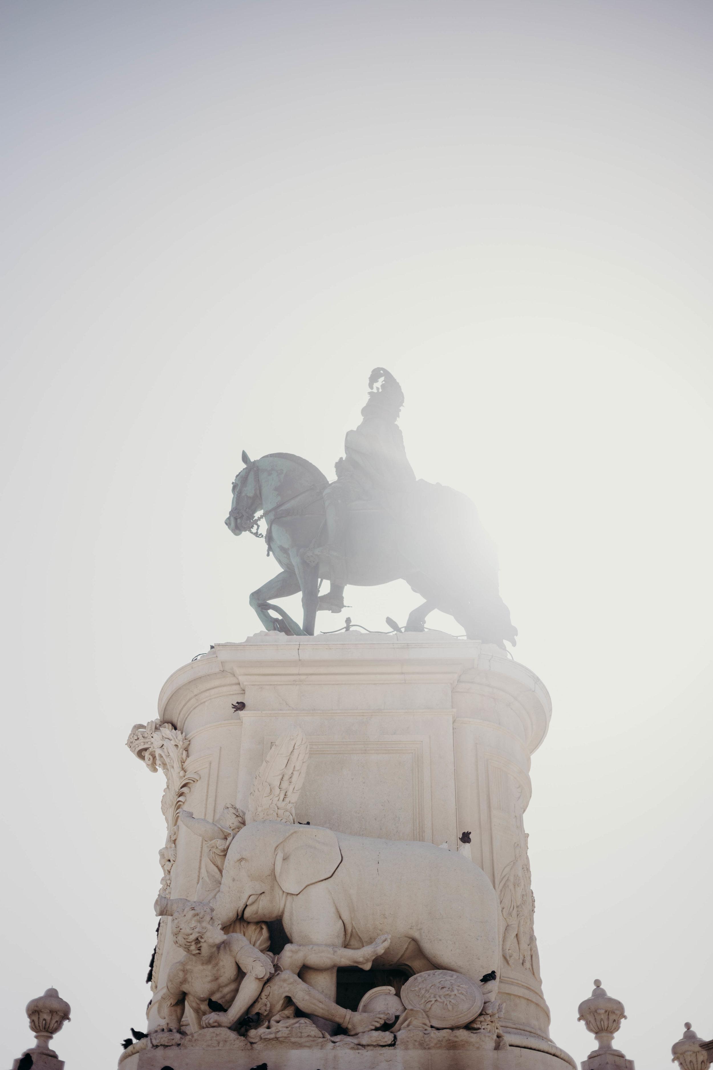 Our Portugal Travel Diary: Lisbon, Porto, and More | On the Street Where We Live (aretherelilactrees.com)  Praca do Comercio