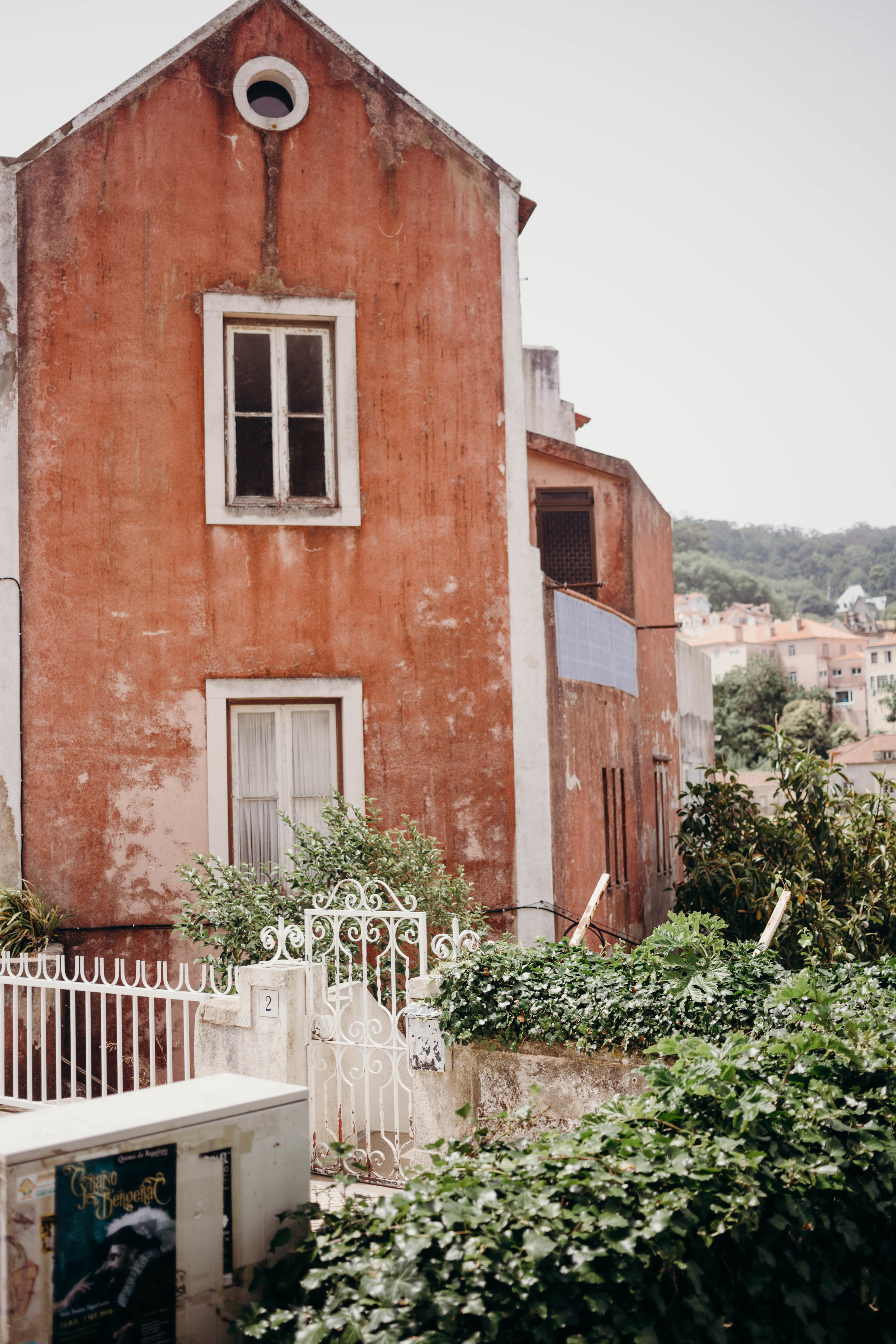 Our Portugal Travel Diary: Lisbon, Porto, and More | On the Street Where We Live (aretherelilactrees.com)  Sintra