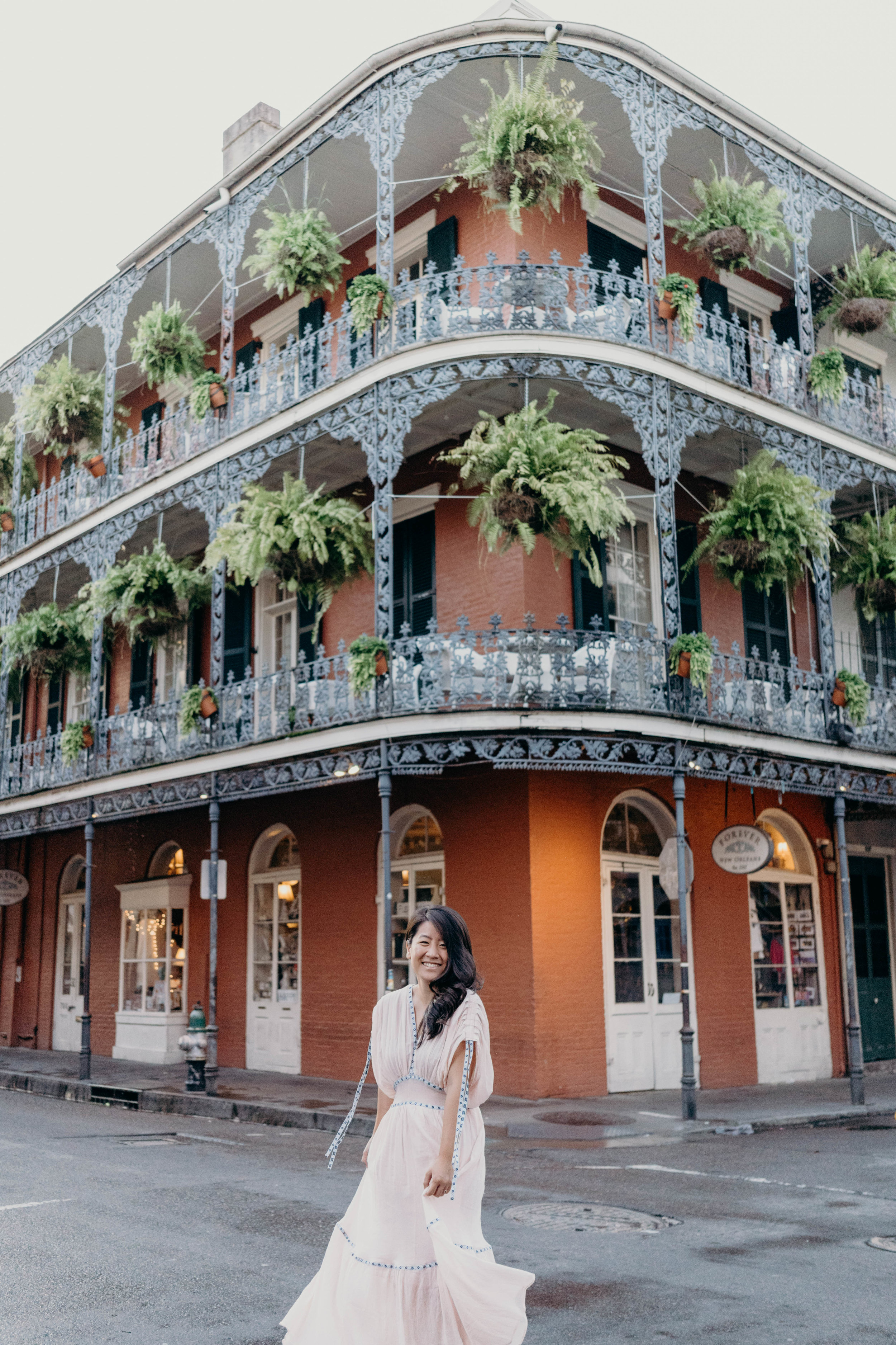Saying Goodbye to Summer | On the Street Where We Live ( aretherelilactrees.com )  NOLA, New Orleans, Louisiana, LaBranche House, French Quarter