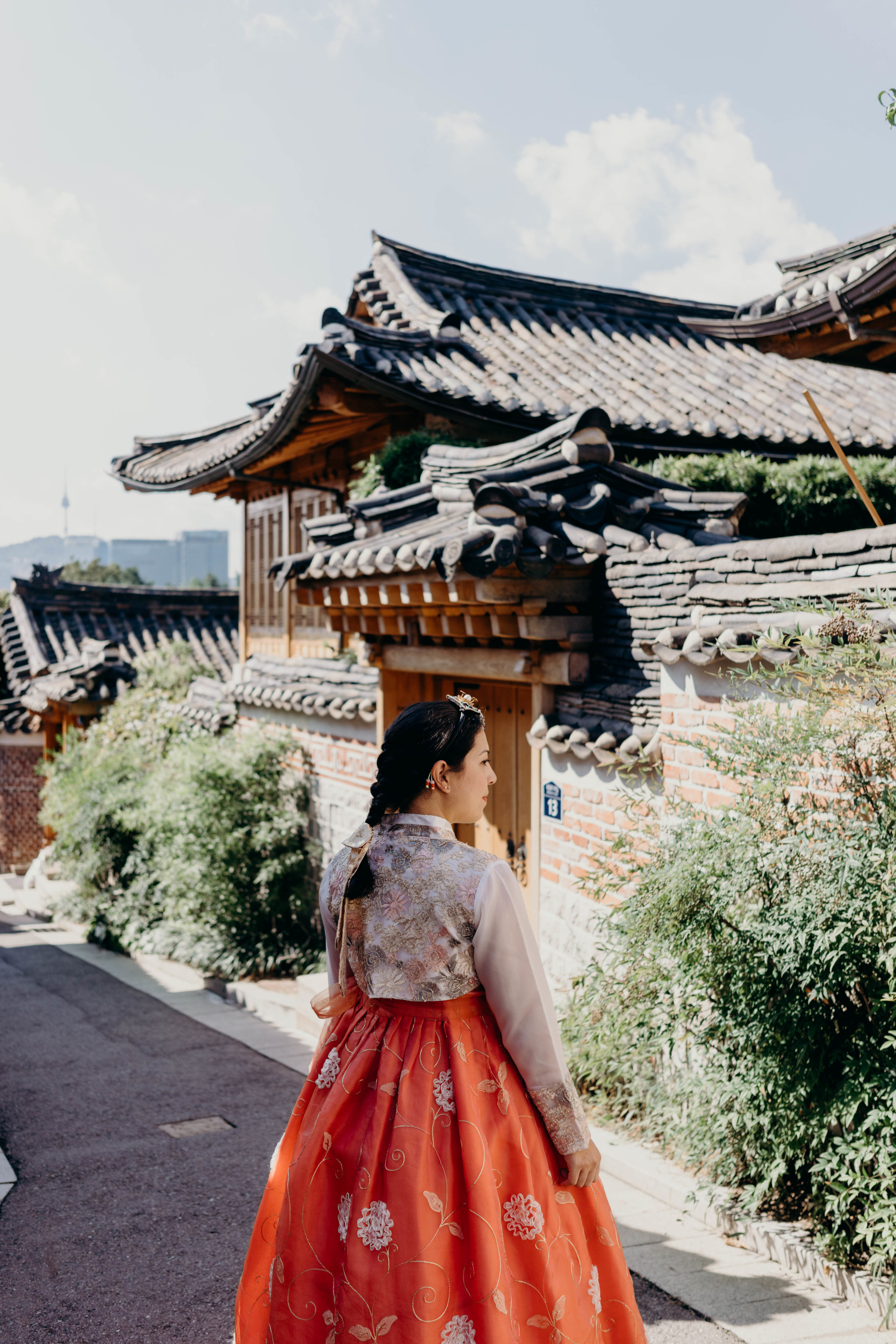 How to Plan Five Days in Seoul | On the Street Where We Live ( aretherelilactrees.com )  hanbok, Bukchon Hanok Village, Seoul, South Korea